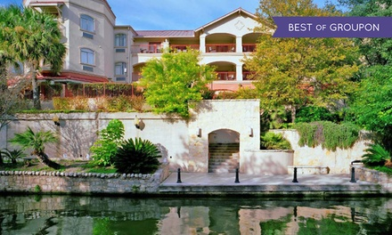 Stay with Optional Breakfast at Hotel Indigo San Antonio-Riverwalk in Texas. Dates into May.