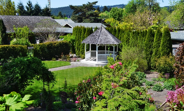 TripAlertz wants you to check out Stay with Optional Dining Credit at Village Green Resort in Cottage Grove, OR. Dates into September. Countryside Retreat in Oregon Wine Country - Resort in Oregon Wine Country