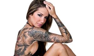 Max Matrix Tattoo e Piercing:  Buono sconto fino a 250 € per un tatuaggio di qualsiasi colore e dimensione