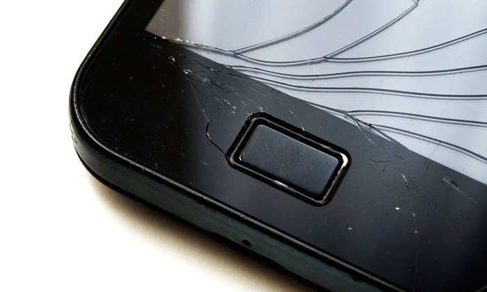 Go Gadgets - Paradise: iPhone or iPad Glass Repair at Go Gadgets (Up to 75% Off)