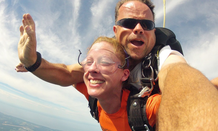 516 Skydive - The Hamptons: $149 for a Tandem Skydive from 516-Skydive ($249 Value)