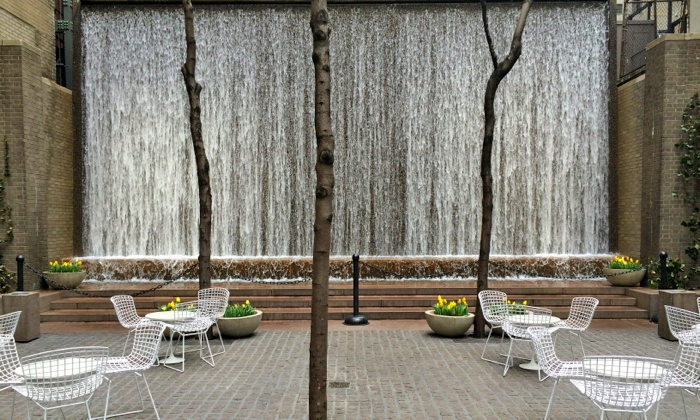 Parks Tour - Theater District - Times Square: Discover Midtown Pocket Parks and Take Home a Guide Book