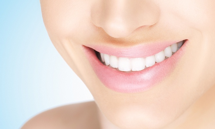 外神田歯科 - 千代田区: 奥歯・前歯にも対応。新型素材で、強くて美しい仕上がりに≪ブリッジ治療(ジルコニア)≫3枚まで利用可・月~金最終受付18:30 @外神田歯科