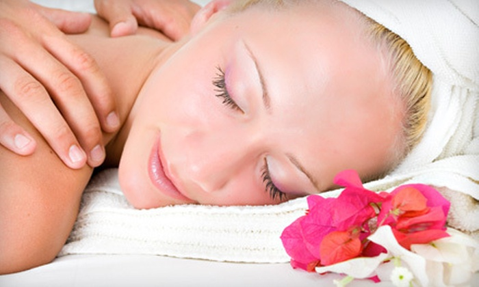 Castle Hills Day Spa - Multiple Locations: $30 for 60-Minute Swedish Massage at Castle Hills Day Spa ($75 Value)