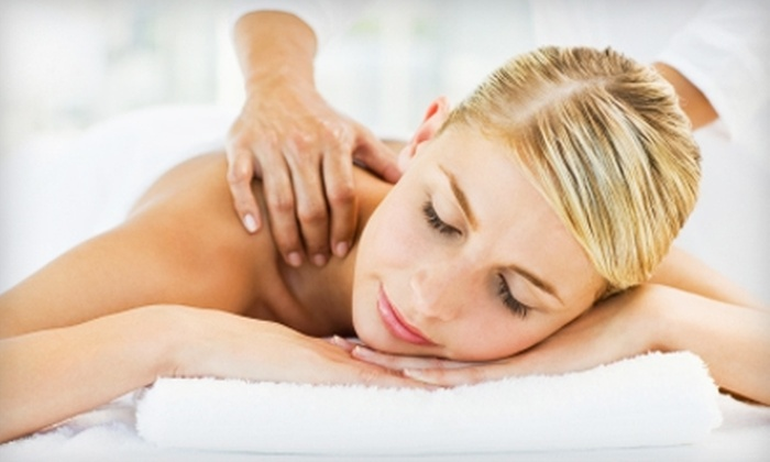 Advanced Wellness Centre - The Museum District: $55 for a Chiropractic Exam, X-rays, Muscle Analysis, and a Massage at Advanced Wellness Centre (Up to $450 Value)