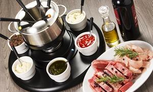 Restaurant Sandmann: Fondue mit Fleisch und Gemüse für Zwei, Vier oder Sechs im Restaurant Sandmann 24,90 € (50% sparen*)