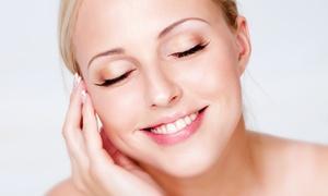 Hermes Clinique: Una, 3 o 5 pulizie del viso con peeling, laser e microdermoabrasione al centro Hermes Clinique (sconto fino a 93%)