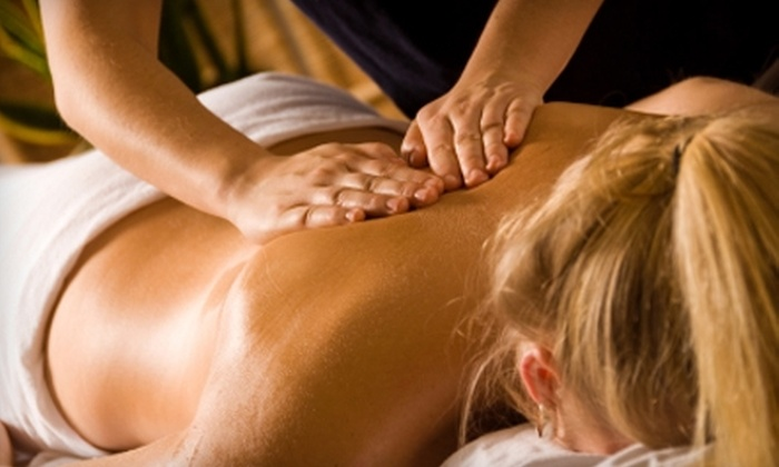 Elements Therapeutic Massage - Fountain Valley: $39 for a 55-Minute Swedish Massage at Elements Therapeutic Massage in Fountain Valley (Up to $89 Value)