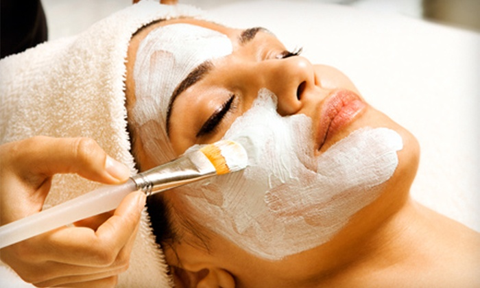 Sun Spa - Belmar Park: $45 for a Dermalogica Facial and a 15-Minute Oxygen-Bar Session at Sun Spa in Lakewood ($90 Value)
