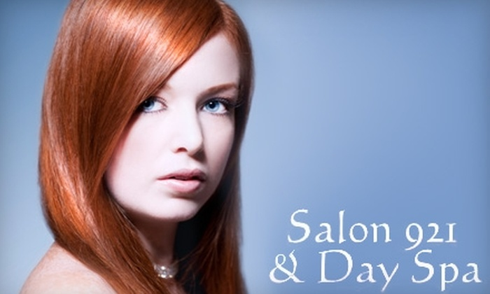 Salon 921 & Day Spa - Huntsville: $40 for 30-Minute European Facial and 30-Minute Massage at Salon 921 & Day Spa (Up to $85 Value)