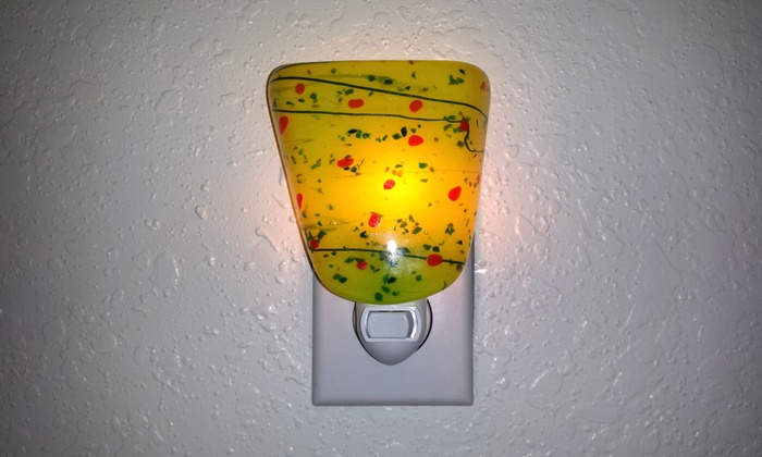Creative Ceramics and Glass - Larkfield-Wikiup: $45 for Fused Glass Class with Materials to Make Two Projects at Creative Ceramics and Glass ($85 Value)