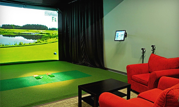 LakeShore Links Indoor Golf - Toronto: $45 for Three Hours in Golf Simulator for Up to Four, Plus Food and Drink Voucher, at LakeShore Links Indoor Golf ($145 Value)