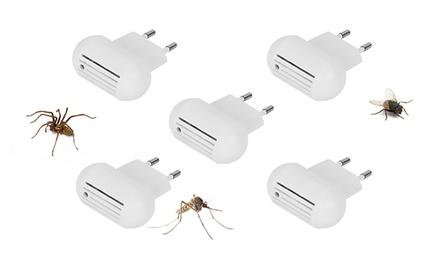 5 of 10 antimuggenstekkers met elektromagnetische pulsen