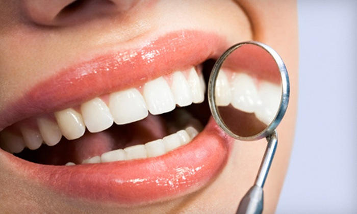 Distinctive Smiles of Dublin - Muirfield Village: $49 for a Dental Package with Exam, X-rays, Cleaning, Fluoride, and Cosmetic Consultation ($369 Value)