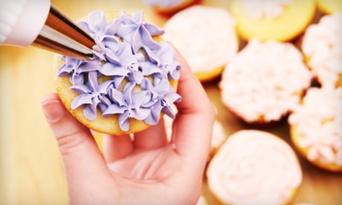 Cream & Sugar - Spruce Hill: $100 for a 75-Minute Cupcake-Decorating or Chocolate-Making Party from Cream & Sugar ($200 Value)