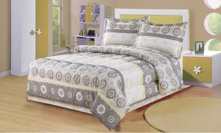 Soft Bloom Comforter Sets (Twin)