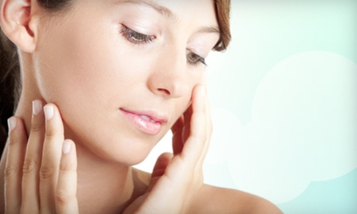 New Looks Laser Center - Ward 6: Chemical Peel or IPL Photofacial at New Looks Laser Center