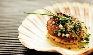 Fish Factory: Menu gourmet di pesce con flûte di benvenuto e calice di vino per 2 o 4 persone da Fish Factory (sconto fino a 67%)