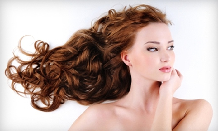 Salon E-Clips - Kansas City: $900 for $2,000 Worth of Great Lengths Hair Extensions or $99 for Lavish Lashes Eyelash Extensions ($250 Value)