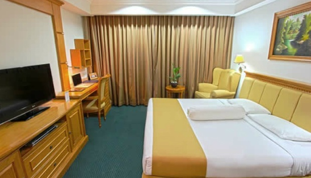 Batam: 4* Stay + Air Gun + Tour 1