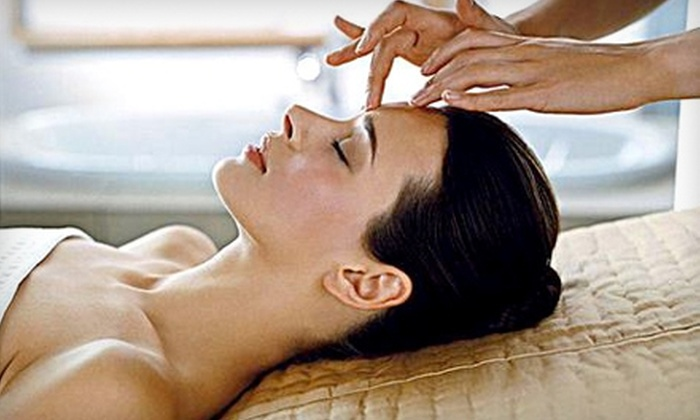 Aesthetics Medical Spa - Multiple Locations: $32 for a European Spa Facial at Aesthetics Medical Spa ($65 Value)