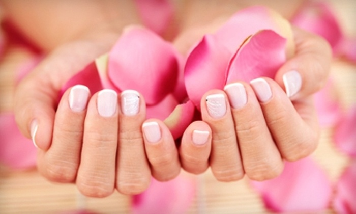 Quince Spa - Potrero: $48 for Three Ginger-Tea Manicures and Three 10-Minute Massages at Quince Spa ($96 Value)
