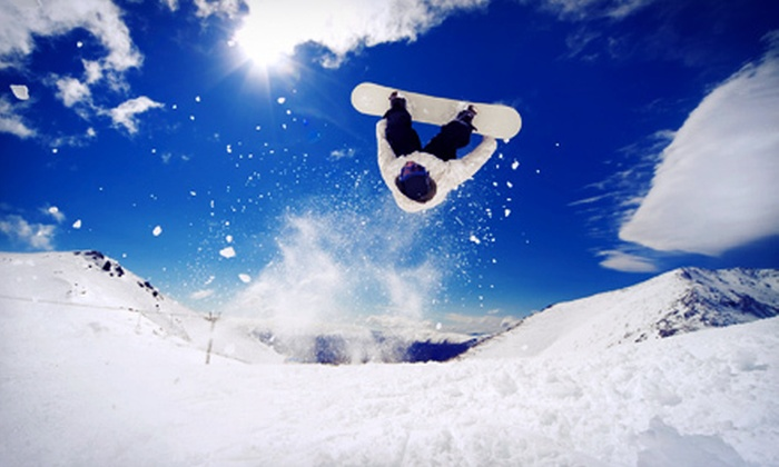 Cutting Edge - Berlin: $30 for a Snowboard or Skis Tune-Up at Cutting Edge ($60 Value)