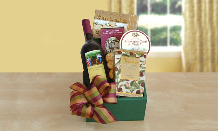 Toast of California Delicious Wine & Gourmet Gift Basket: Toast of California Delicious Wine & Gourmet Gift Basket