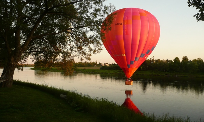 Adventure Flight - Montgolfiere Aventure: C$165 for a Hot-Air Balloon Flight for One Any Day with Champagne at Adventure Flight (C$259 Value)