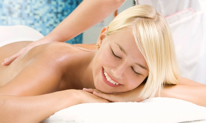 Chi Spa - Wilton Manors: 60-Minute Massage with Aromatherapy or a Mini Chi Revitalization Package at Chi Spa (Up to 53% Off)