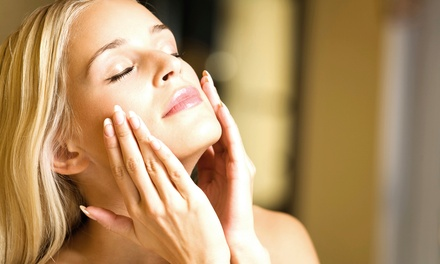 $32 for a Migraine Facial at Rhanes Spa ($89 Value)
