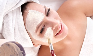 Brigitte Buschkönig Kosmetikstübchen: 60 oder 90 Min. Gesichtsbehandlung klassisch oder exklusiv im Kosmetikstübchen Brigitte Buschkönig (bis zu 54% sparen*)