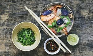 Thai Pauli - Thai Street Food: Thailändisches 2-Gänge-Menü inkl. Softgetränk für zwei od. vier Personen bei Thai Pauli - Thai Street Food (40% sparen*)