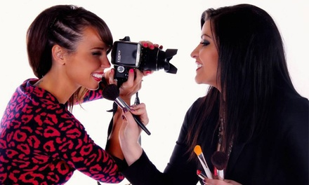 $75 for a Photo Shoot with CD of Images at Paparazzi ($150 Value)