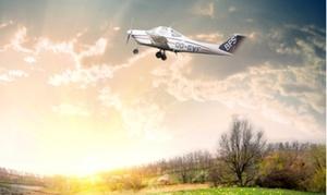 Belgian Flight School: Vol d'initiation pour 1 personne ou vol découverte pour 3 personnes dès 89,99 € avec Bluetail Flight School