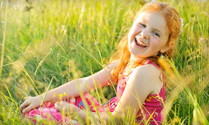 A.V. Smith Photography - Yorktown: $49 for On-Location Photo Shoot for Up to Five People Including Digital Images with A.V. Smith Photography ($175 Value)