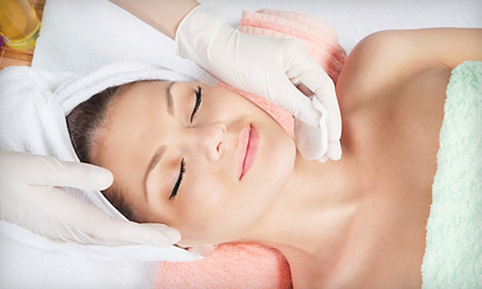 Trentanove Beauty Bar - Winchester Town Center: Three Facial Peels or Three or Five Microdermabrasion Treatments at Trentanove Beauty Bar (Up to 78% Off)