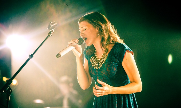 "Kim Walker-Smith - Brady Theater: ""When Christmas Comes"" With Kim Walker-Smith on December 13 at 7 p.m."