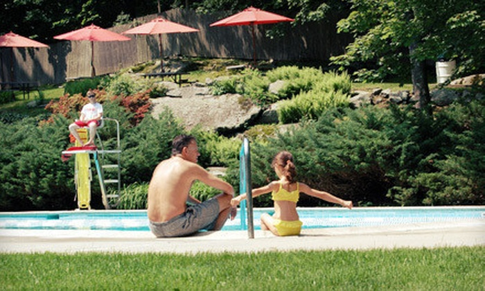Maplewood Swim and Tennis Club - Greenburgh: $995 for a Non-Equity Family Membership to Maplewood Swim and Tennis Club ($2,150 Value)