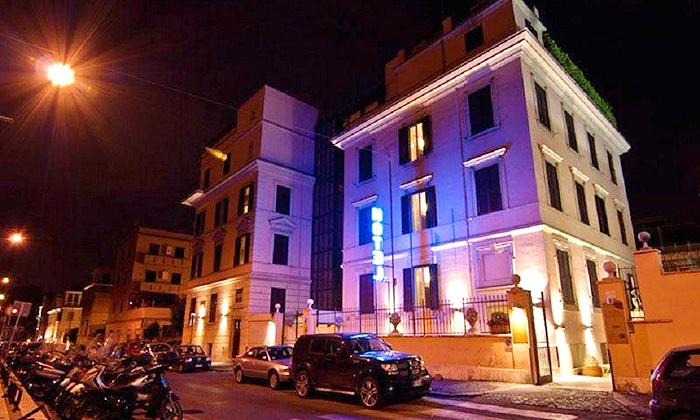 Hotel center 1 2 rome italia groupon getaways - Femme de chambre code rome ...