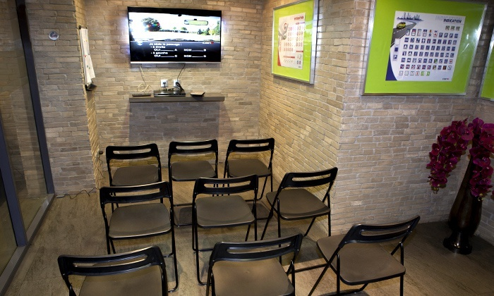permis b dans 3 auto coles groupe vert auto cole 3 adresses groupon. Black Bedroom Furniture Sets. Home Design Ideas