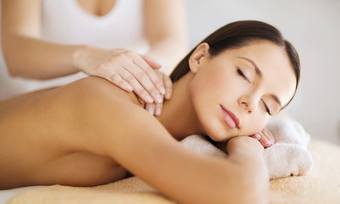 Le Ninfee - LE NINFEE: 3 o 5 massaggi a scelta (sconto fino a 78%)