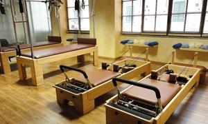 Pilates Monza: Uno, 3 o 5 trattamenti posturali da 55 minuti per una o 2 persone allo studio Pilates Monza (sconto fino a 90%)