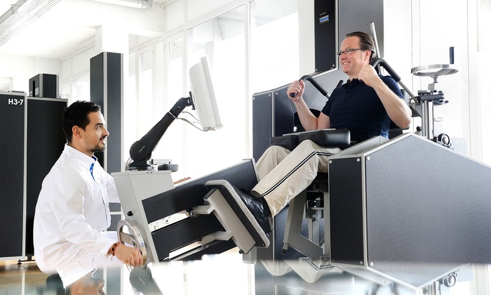 Kieser Training Bochum - Mehrere Standorte: 2 oder 4 Wochen Mitgliedschaft mit 3 begleiteten Trainingseinheiten und Rückenanalyse bei Kieser Training (77% sparen*)