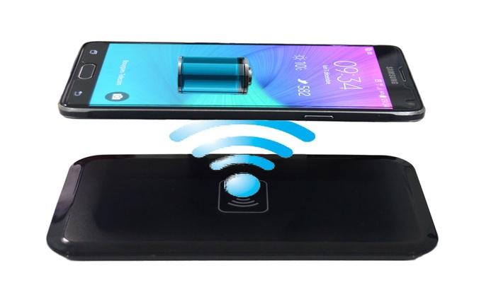 chargeur sans fil smartphones groupon shopping. Black Bedroom Furniture Sets. Home Design Ideas