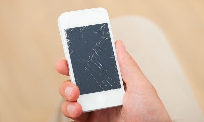 AppleCrossing - AppleCrossing: iPhone 4 or 4s Screen Replacement from AppleCrossing (37% Off)