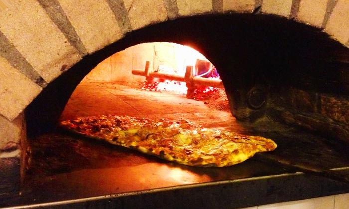 Pizzeria La Vesuviana - Cerano (NO): Menu con pizza a scelta e birra o bibita da 14,90 €