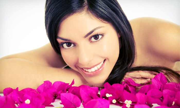 Nails Lounge - Schertz: One or Two 60-Minute Swedish Massages with Exfoliation at Nails Lounge (Up to 53% Off)