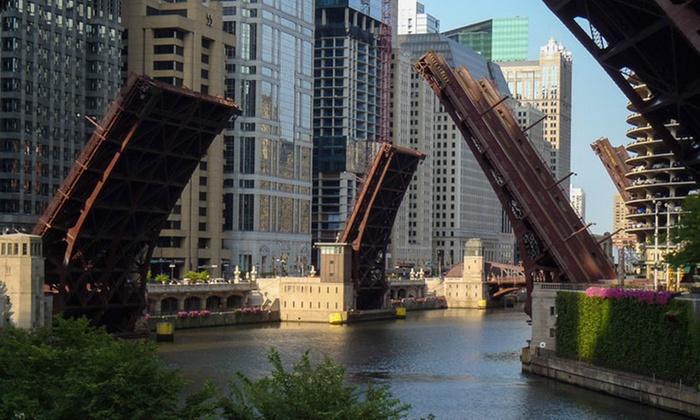 One-Hour Bridge Lift Tour - Near North Side: Explore the Kinetics of Chicago's Massive Moving Bridges