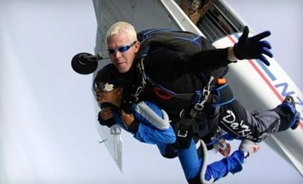 Skydive Hollister - Skydive Hollister in Hollister